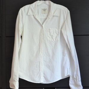 ABERCROMBIE & FITCH | Classic White Button Down